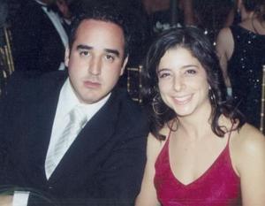 <i><u>14 de junio de 2004</i></u><p> Alejandro Ortiz y María José Sesma.