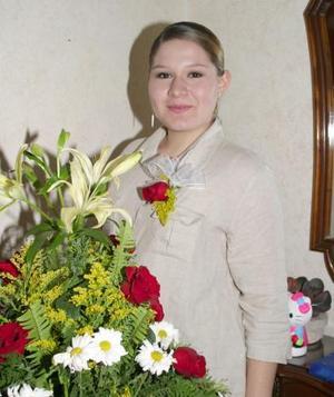 Alejandra Castillo Muñoz fue despedida de su soltería, por su próxima boda con Guillermo Garza.