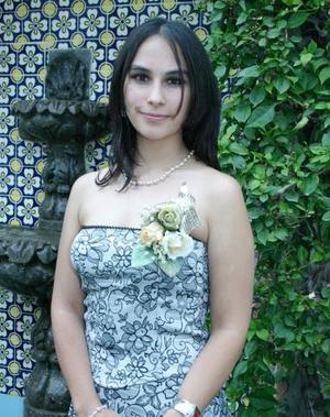 Mariana Garibay Rodríguez, captada en la despedida de soltera que le ofrecieron por su cercana boda.