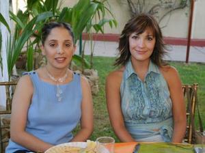 Ana Cristina Aranda de Menéndez y Lula Correa de Gómez