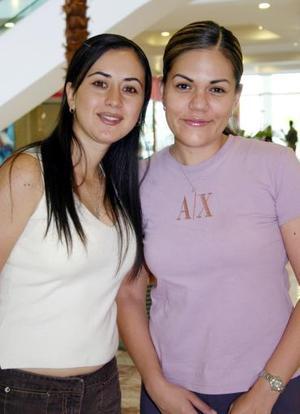 Carmen de la Barrera y Rebeca Pámanes