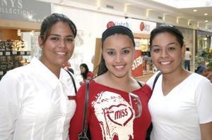 Claudia Machado, Alejandra González y Blanca Ramírez