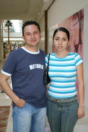 Víctor Flores y Laura Guzmán.