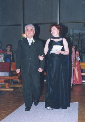 José Luis Bugarini y María de Jesús de Bugarini, en pasada recepción nupcial.