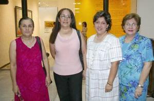 Rosa Elena Gordillo, Soledad Gordillo, Cecilia Cardiel de Lastra y yolanda de Porragas.