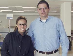 <u><b> 15 de Junio </u> </b><p> Procedente de Guadalajara llegó Éricka Rivero, la recibió Pedro Casteleiro.
