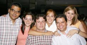 <u><b> 16 de Junio </u> </b><p>   Rocío, Miguel, Mónica, Ramón, María Elena y José Antonio.