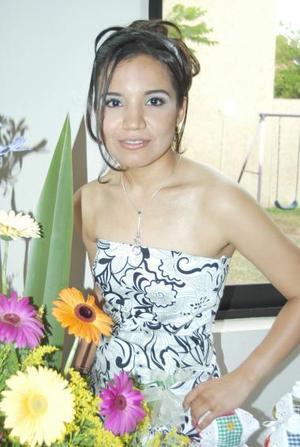 Rosario Gutiérrez Hernández disfrutó de una despedida de soltera que le organizaron.