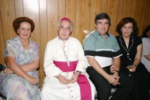 María Luisa Papadópulos, José Guadalupe Galván Galindo, Jesús Ávila dugay y Covadonga del Moral de Ávila