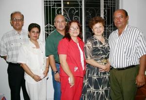 <u><b> 17 de Junio </u> </b><p>   Víctor y Lupita Gutiérrez, Rubén y Esperanza Pérez, César y Laura del Bosque., integrantes del  Movimiento Familiar Cristiano Católico