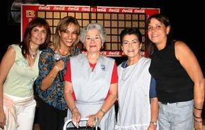 <u><b> 18 de Junio </u> </b><p>  Alejandra Alatorre de Izaguirre, MAry Carmen Espada de Berlanga, Sary de Martínez, Irma Guerrero y Gerarda A. de Galarza.