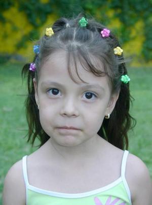 Emily Izaguirre Gaitán festejó cinco años de vida, con un divertido convivo.