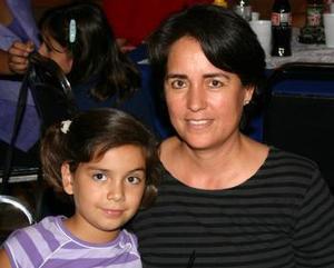 María Fernanada Carlos e Imelda de Carlos.