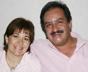 Pilar Martínez de Rodríguez y Enrique Rodríguez.