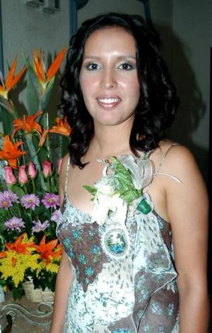 Perla Valeria Ayala Alanís fue despedida de siu soltería, con un convivio que se le ofreció en días pasados.
