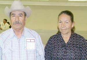 Arturo González viajó a Tijuana y fue despedido por Abigaíl González Esparza.