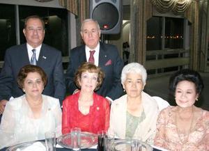 <u><b> 23 de Junio </u> </b><p>    Luz María de Gutiérrez, Lilia de Cárdenas, Socorrito de Ramírez, Amparo de Rivera, Roberto Gutiérrez y Braulio Cárdenas.