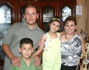 Con motivo de su séptimo cumpleaños, Marisol Rodríguez Salcido disfrutó de una fiesta orfecida por sus padres y su hermano