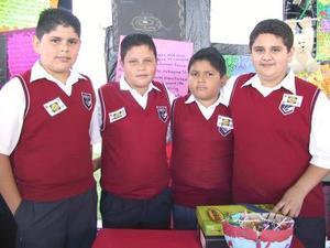 Destacada fue la participación de los alumnos de la secundaria Josefa Ortiz de Domínguez en el V Encuentro Estatal Académico, Cultural y Deportivo en Durango