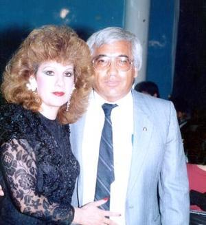 Armando Ramírez Feliz y Angelita de Ramírez celebran 32 años de casados el 17 de junio