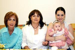 Caro Flores, Maribel de Zermeño, Maribel de González e Isabelita.