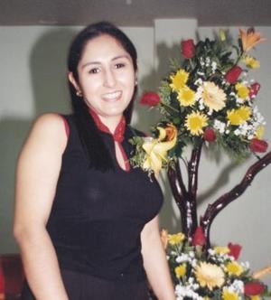Christabel del Rayo Meneses Rey contraerá matrimonio con Eduardo Martínez Burrón el 26 de junio.