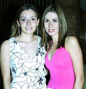 Diana Carrete y Nina Flores captadas recientemente