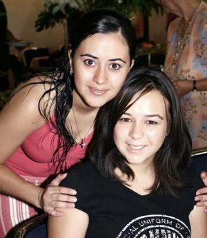Rebeca y María Rocío Pámanes.