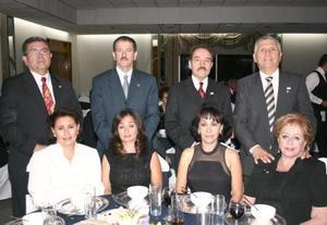 Manuel Goytortua y Sra., Jesús Hernández Aristegui y Sra., Ignacio Méndez LAstra y Sra., Guillermo Milán y Sra.