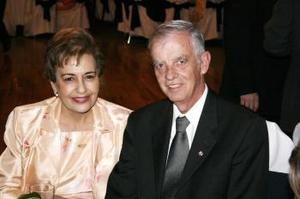María Cristina Villar de Callau y Polen Callau.