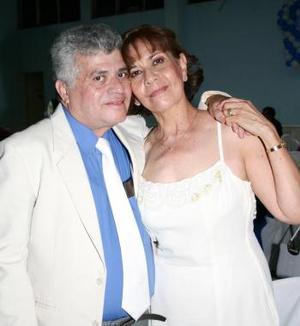 José Reyes Campos y Dolores Ríos de Campos.