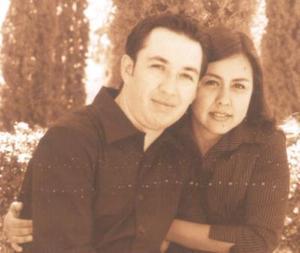 Héctor Sáenz y Jennifer de León Fernández.