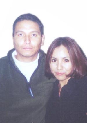 Juan José Moreno Rodríguez y Julieta Saldívar Acosta.