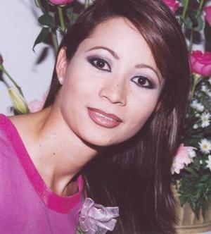 Karla López García, en su despedida de soltera.
