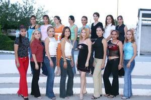 Candidatas a reina de la Feria Nacional de Gómez Palacio 2004.