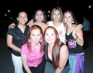 Karla Acosta, Paola Ibarra, Graciela Mijarez, Cyntia Hernández, Ana Carrillo y Érika Obregón.
