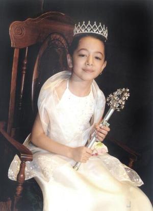Bella reina que representa al nivel primaria, Yasama Gómez Castro.