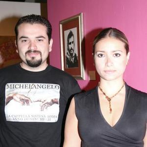 Manuel Hdz. y Karla Cáceres