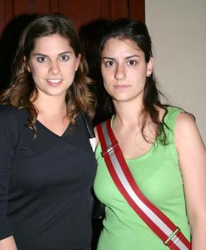 Mariana Estrada y Cristy Ruiz.