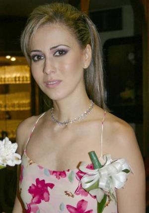 <u><b> 29 de Junio </u> </b><p>  Laura Garnier Monroy en su fiesta pre nupcial..jpg