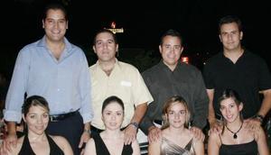 Alejandro y Belinda Sánchez, Jorge Sánchez y Bárbara Rubio, Mario y Any Pérez, Alberto y Jackie Molina, estuvieron presentes.