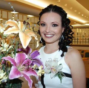 <u><i>01 de julio </u></i><p> Victoria Carrión Castro, feliz en su despedida.