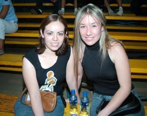 Edith Herrera y Ale Díaz Flores.