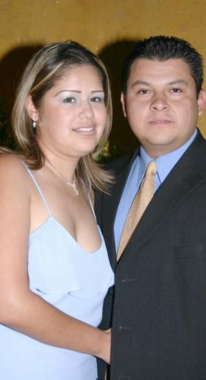 Janeth Ávalos Murillo y Ernesto Venegas Puente disfrutaron de una despedida  de solteros pr su próximo matrimonio.