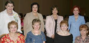 Josefina Campa, Linda Elías, Consuelo Fernández, Encarnación Zorrilla, Malena Ramírez, Rosa Alicia Mijares y Emma de León, captadas en reciente festejo social.