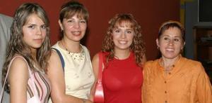 Lucero Marín, Lorena García, Lorena y Ionne Villarreal.