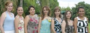 Naima Murra , Liz de la Peña, Lupita Martínez, Paty de Saldaña, Viviana Luévanos y Véronica Armendáriz acompañaron a Daniela Allegre del Cueto en su depedida de soltera.