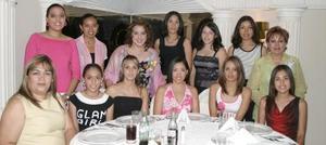 <i><u> 04 de julio</i></u><p>  Sinceras felicictaciones recibió Paty Hernández MArtínez de sus amigas, quienes asistieron al festejo motivo de su cercana boda.