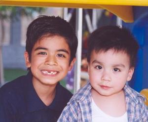 Michel y Pepito Alday Cruz.