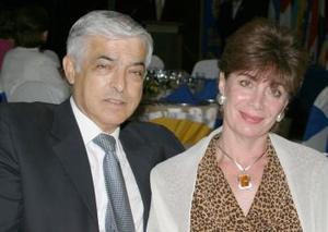Eduardo Martínez y María del Rosario Abularach de Martínez.